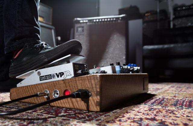 volume-pedal-lifestyle-image