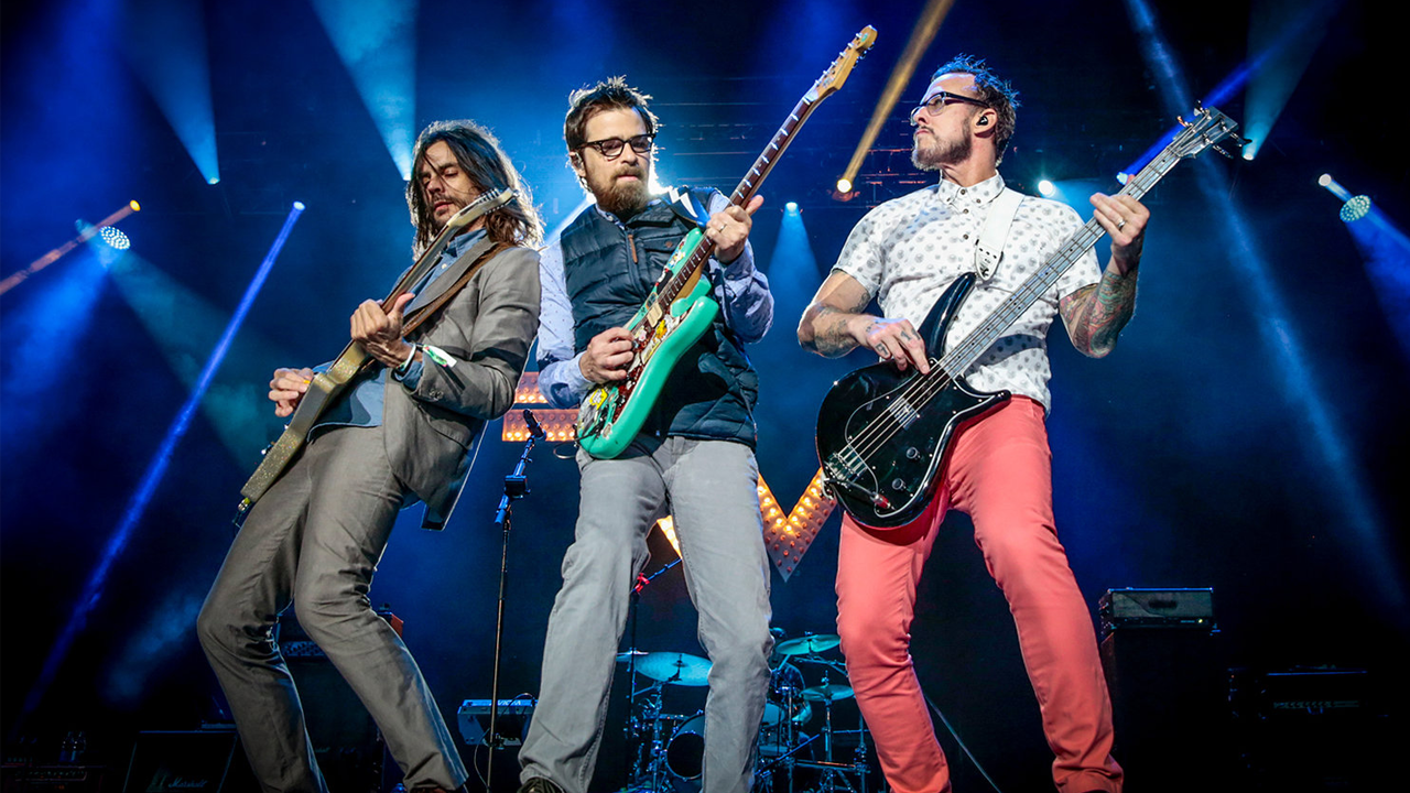 weezer covers everybody wants to rule the world on jimmy kimmel live ernie ball blog. Black Bedroom Furniture Sets. Home Design Ideas